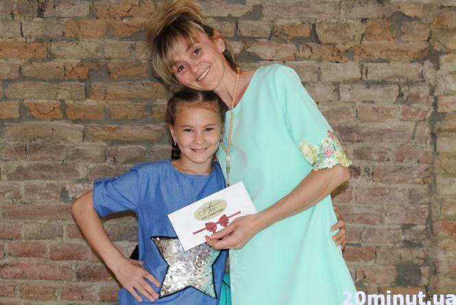 Конкурс від RIA: за фото у вишиванці отримала приз