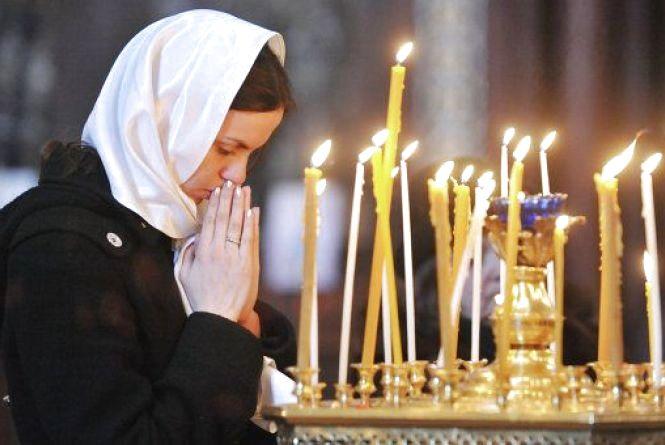 Тернополянку обікрали у церкві під час молитви