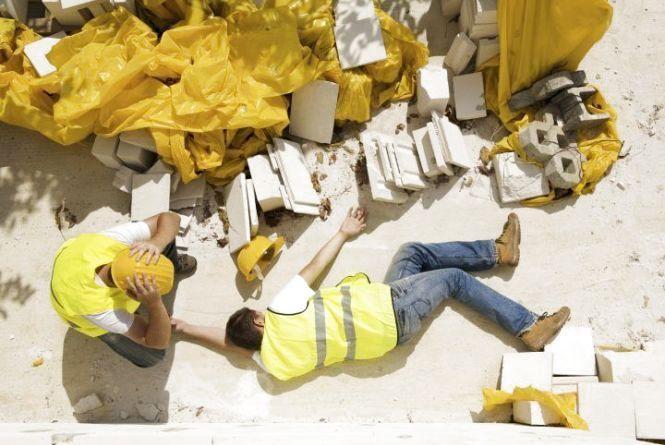 На Тернопільщині на будові загинув чоловік, впавши з п'ятого поверху