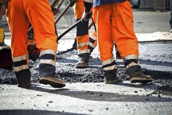 Підприємці привласнили 270 000 грн, які виділили на ремонт доріг