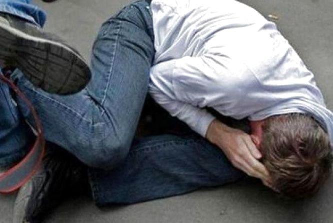 У Тернополі побили неповнолітнього хлопця