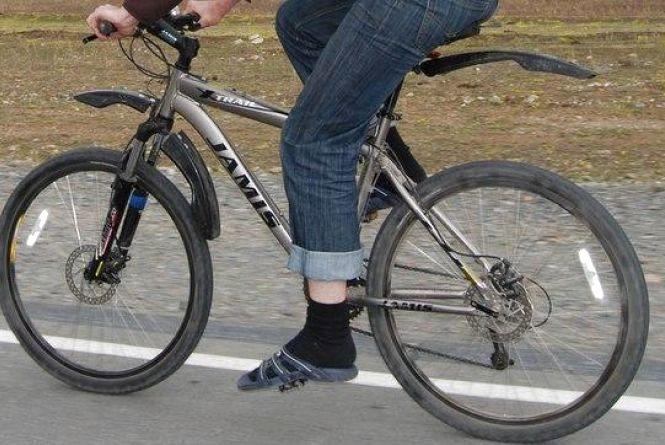 """""""Пограбування століття"""": злодій сів на велосипед і поїхав"""