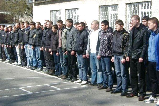 На Тернопільщині 22-річномуухилянтувід армії загрожує до трьох років тюрми