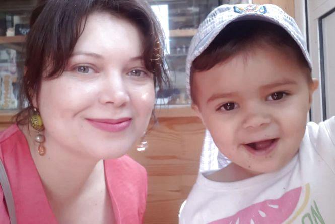Мама шукає чоловіка, який 3 липня на мості біля техуніверситету врятував її 2-річного сина