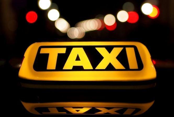 Тернопільський таксист був посередником у шахрайській схемі
