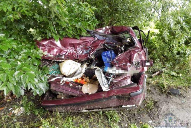 Водій з Тернопільщини на BMW потрапив у ДТП. Є потерпілі
