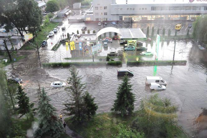 Які вулиці Тернополя затопило найбільше і коли в місті замінять водостічну систему? (запис прямої трансляції)