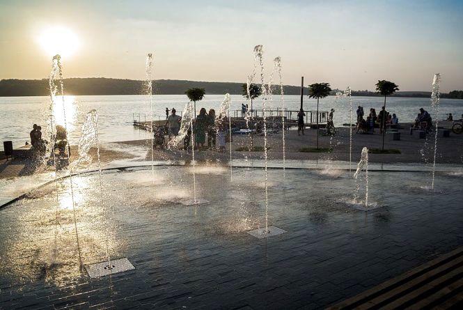 Коли і як працюють фонтани у Тернополі (інтерактивна карта)