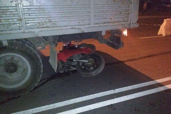 На Злуки мотоцикліст не впорався з керуванням і врізався в огорожу. Зараз він у важкому стані