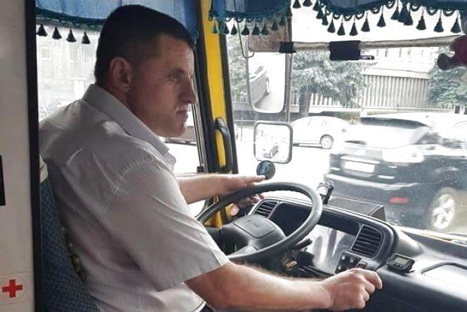 """Вибух таксі на заправці, хамство водія і втрата субсидій. ТОП-5 цього тижня на сайті """"20 хвилин"""""""