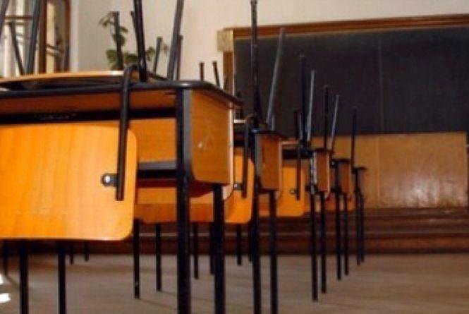 На Тернопільщині ліквідували дев'ять шкіл, ще шість - понизили у ступені