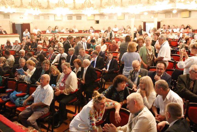 На конгрес до Тернополя з'їхалися лікарі-українці зі всього світу