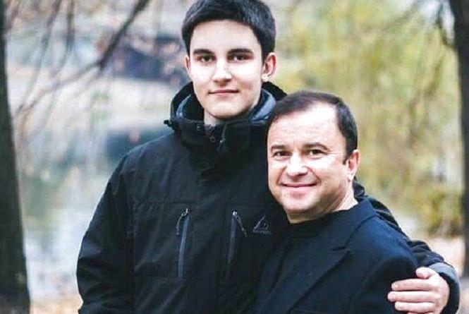 Віктор Павлік просить допомоги. У його молодшого сина Павла – саркома