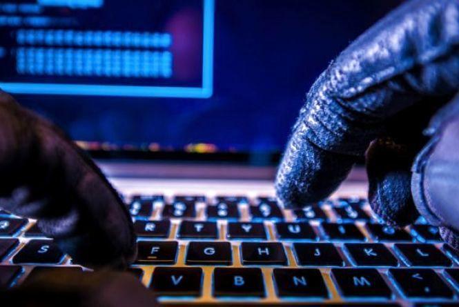 Хакери обікрали тернопільського підприємця: проникли в систему та зняли гроші