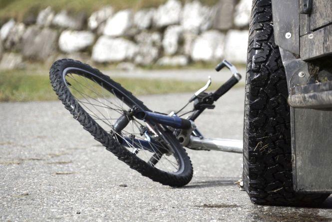 На Теребовлянщині збили велосипедиста. Чоловік помер у лікарні