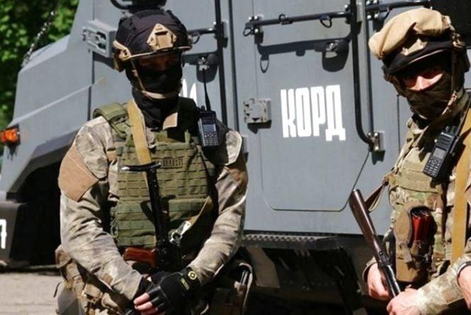 """Спецпідрозділ """"КОРД"""" затримав злочинців при в'їзді у Тернопіль"""