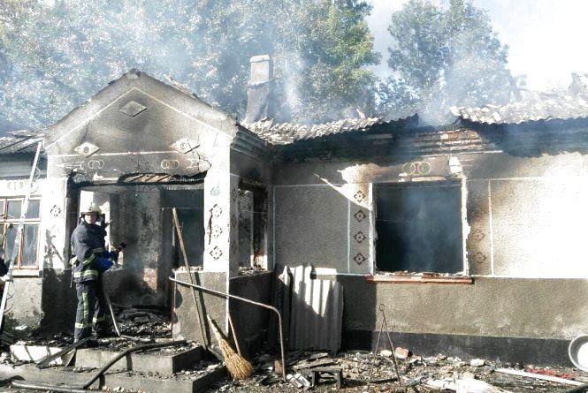 Чоловік, який отримав опіки під час пожежі у власному будинку на хуторі Гончарки, помер в лікарні