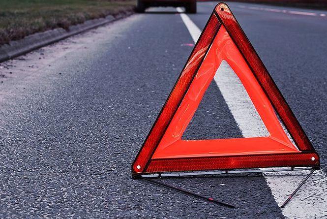 ДТП на Тернопільщині: водій збив двох пішоходів і втік з місця пригоди