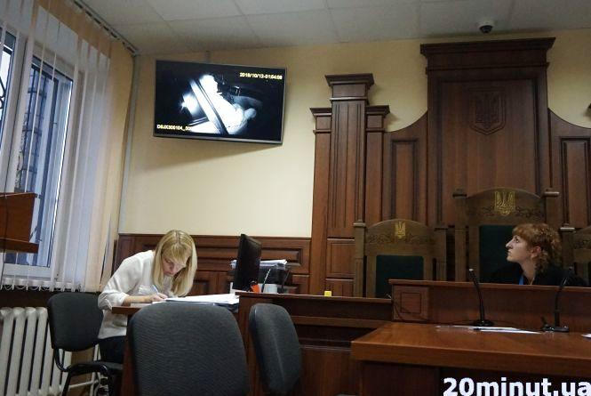 «П'яна» справа Овчарука в суді. Чому знову перенесли?