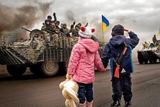 Тернополянам показали відеозапис від дітей зі Сходу. Плакав весь зал