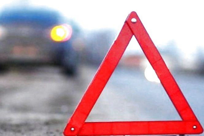 У Чернихівцях збили жінку: поліція розшукує водія