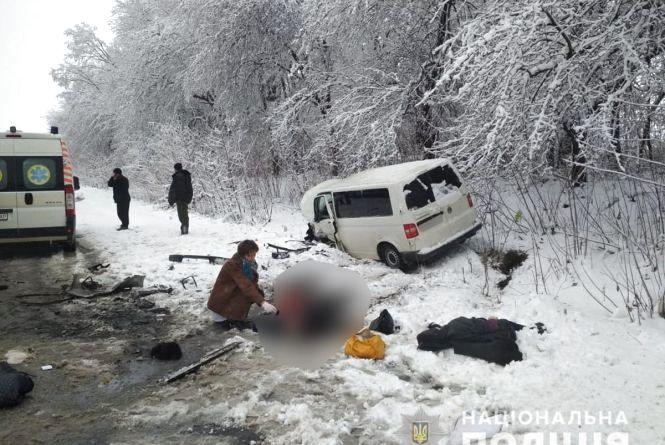 У Чернівецькій області у ДТП загинуло подружжя із Тернопільщини