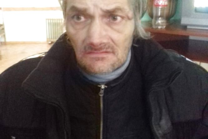 На Тернопільщині чоловік втратив пам'ять. Розшукують його рідних