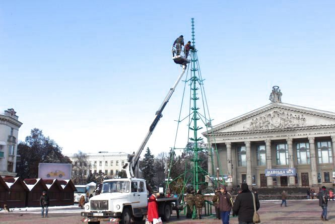 Головну ялинку Тернополя засвітять 19 грудня