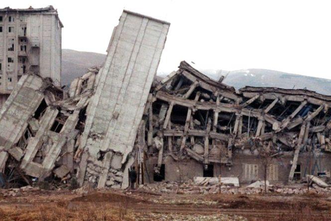 «Після цього я боюся панельних будинків». Тернополянин розповів про землетрус у Вірменії
