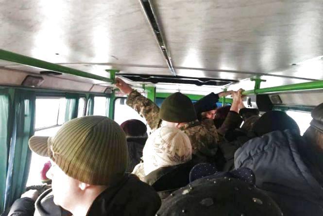 У Тернополі в маршрутках за один день злодії заробили 26 тисяч гривень