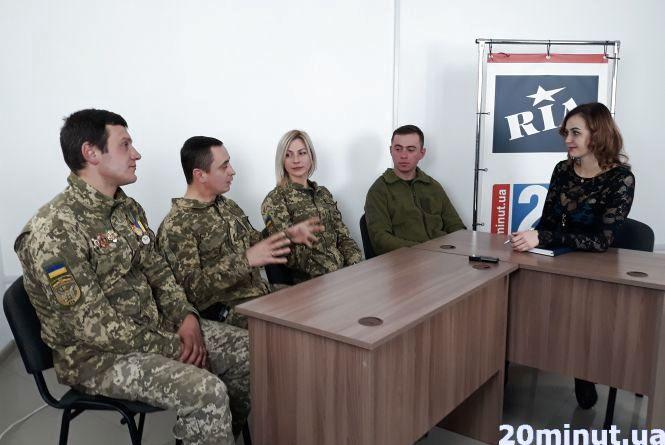 Армія випробовує кожного: чи повинні чоловіки служити