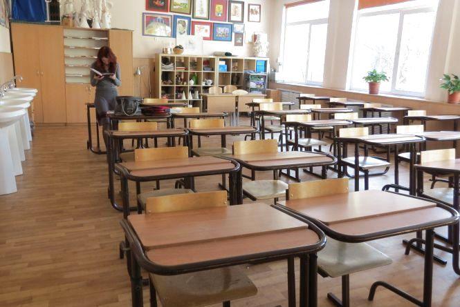 Навчання по суботах та місяць канікул для тернопільських школярів: що думає Міністр Гриневич