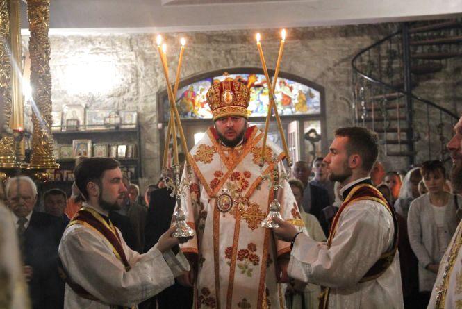 Бійка священиків, аварії, сепаратист у соцмережі. Підсумки тижня, що минає