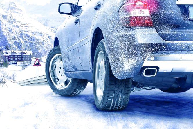 Патрульні нагадують правила дорожнього руху під час відпочинку в горах