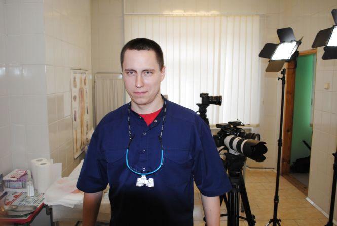 Тернопільський пластичний хірург готовий безкоштовно прооперувати 10 людей, які страждають через свою зовнішність