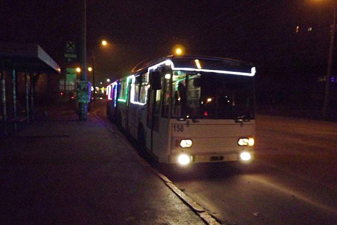 У новорічну ніч працюватиме громадський транспорт