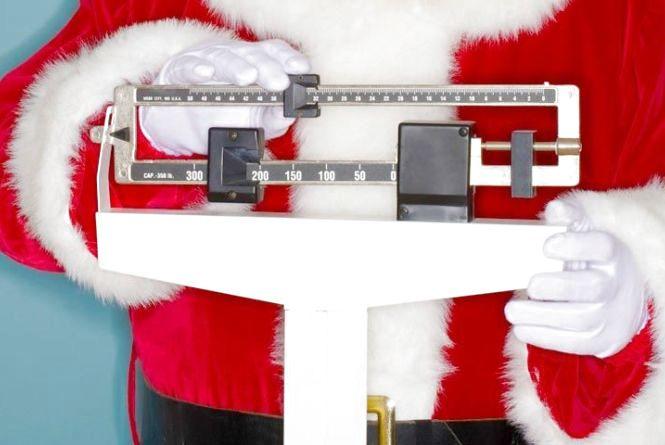 Як не набрати зайвих кілограмів на свята: поради дієтолога та психолога