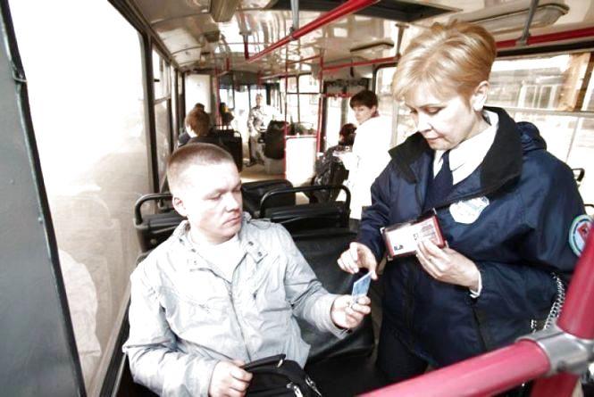 Пасажирів тернопільських маршруток контролери штрафуватимуть на місці
