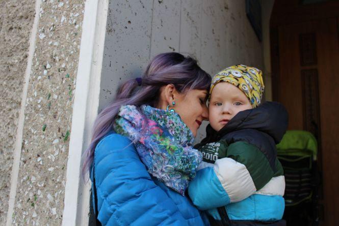 """""""Дякую дівчині-касиру, що з усмішкою допомогла нам з дитиною"""": тернополяни у соцмережах дякують за добрі справи"""