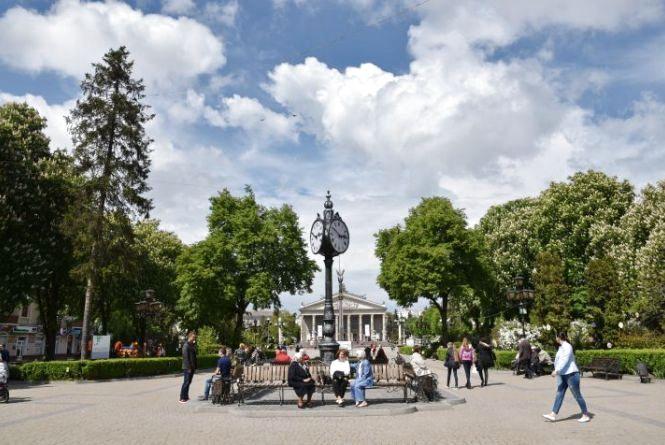 Скільки місто заробило на туристах в 2018-му році