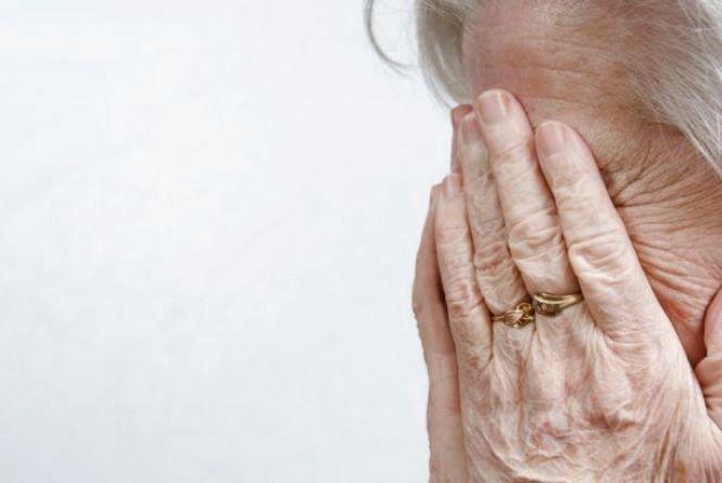 На Тернопільщині внук обікрав свою 86-річну бабусю