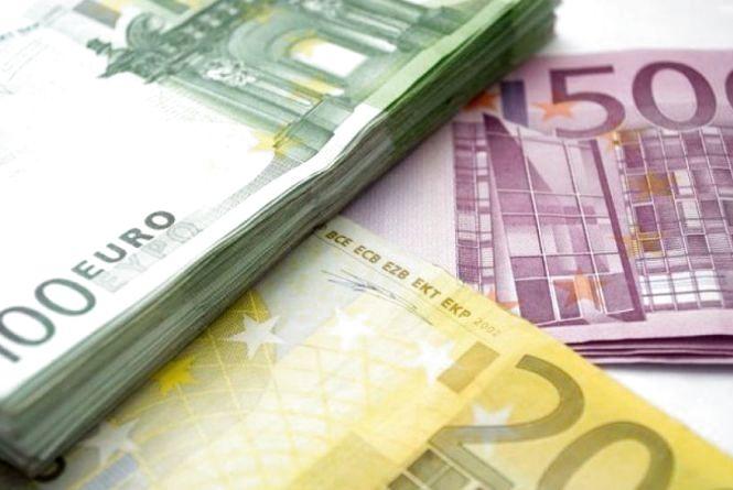У Тернополі шахраї на вулиці виманили у пенсіонера 950 євро. Є фоторобот