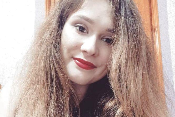 """""""У будь який момент пухирці на легенях можуть тріснути"""": 21-річній студентці із Тернопільщини потрібна допомога"""