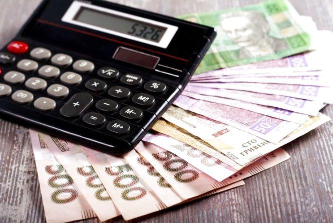 Середня зарплата в Україні перевищила 10 тисяч