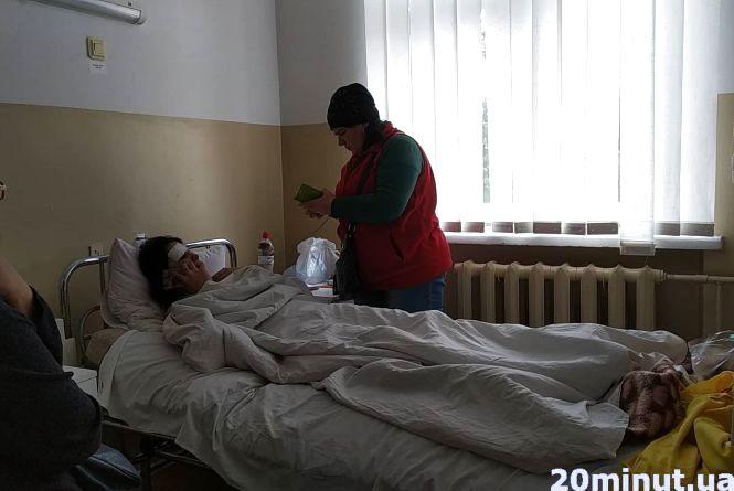 Нічна аварія біля Прошової за участю поліцейських: постраждала  каже, що у неї не беруть показів