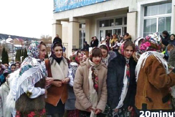 У Тернополі відроджують традиції прадідів: коли і де відбудеться свято Розколяди