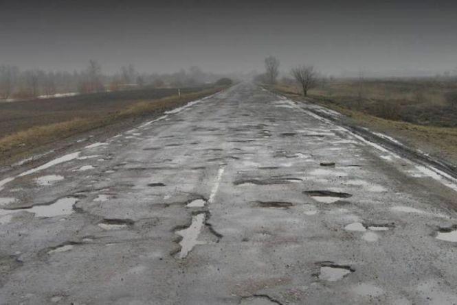 Перевізник із Волинської області зруйнував дорогу на Тернопільщині. Тепер сплатить 16 000 грн