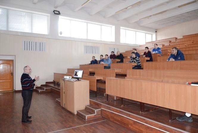 У Тернополі навчатимуть футбольних тренерів