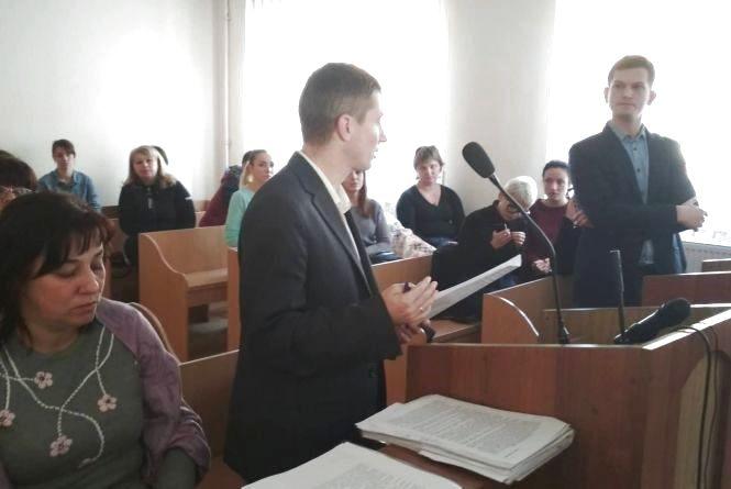 Тернопільські мамусі виграли апеляційний суд у Львові про оплату 1215 гривень за садочки