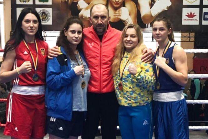 Тернопільські боксерки підкорили чемпіонат України